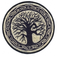TREE WITH CELTIC TRIM HAND EMBROIDERED PATCH